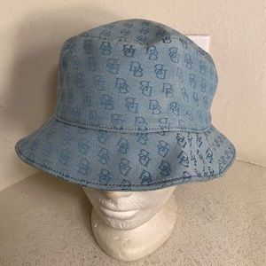 Dooney & Bourke Bucket hat Sz Med